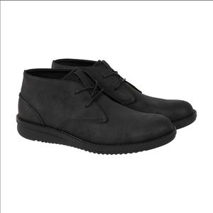 Kenneth Cole Men's Chukka Boots